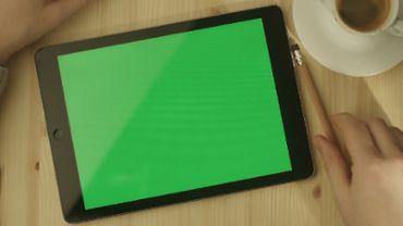 Tablet Green Screen 2
