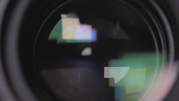 DSRL camera shutter opening and closing
