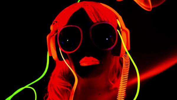 Glow Disco Girl